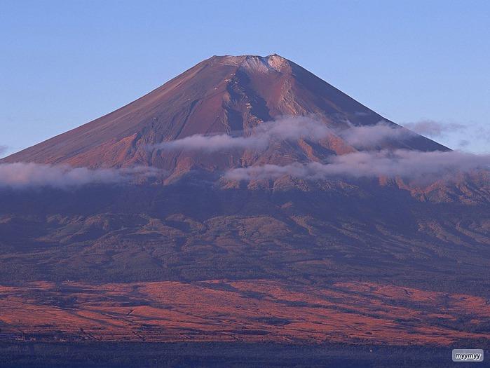 Величественный символ Японии - гора Фудзи 62
