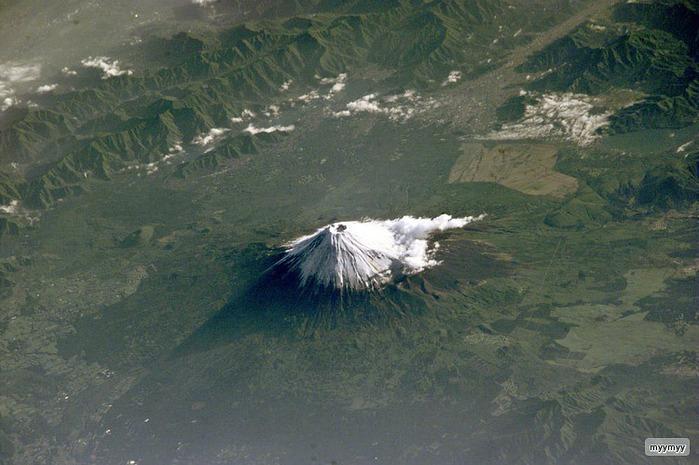 Величественный символ Японии - гора Фудзи 3