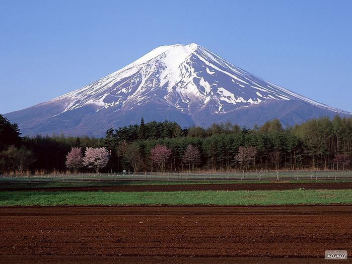 Величественный символ Японии - гора Фудзи 27