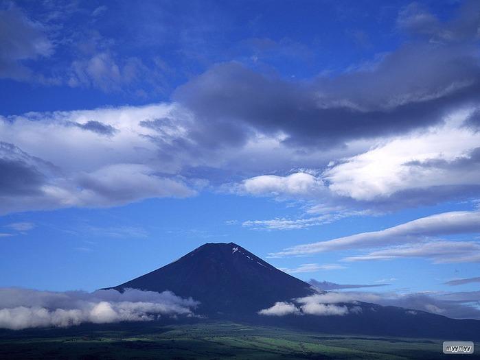 Величественный символ Японии - гора Фудзи 48
