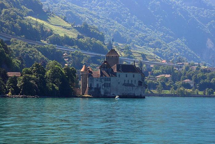 Шильонский замок (Швейцария) 23239