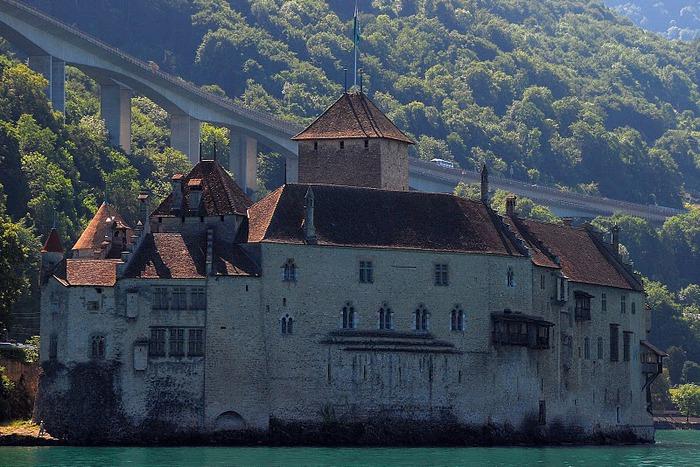 Шильонский замок (Швейцария) 85460