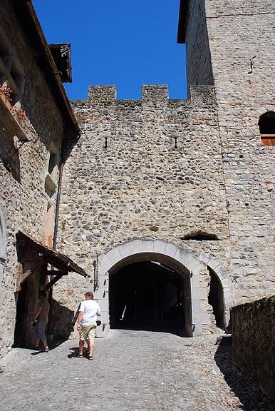 Шильонский замок (Швейцария) 36274