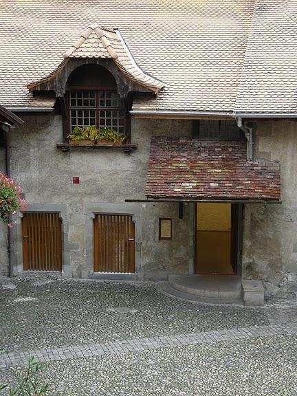 Шильонский замок (Швейцария) 15678