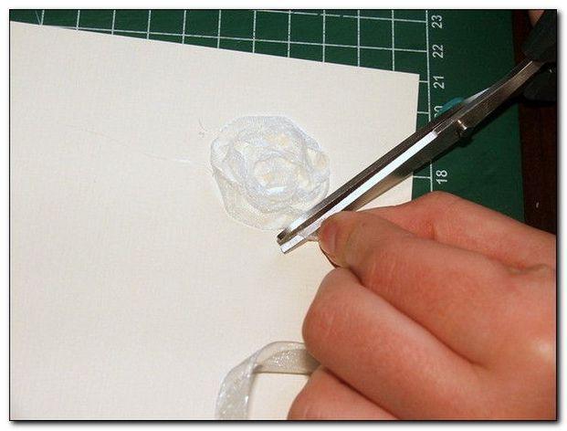 Скрапбукинг - открытка из цветов органзы