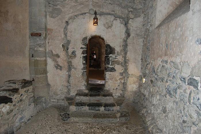 Шильонский замок (Швейцария) 89435