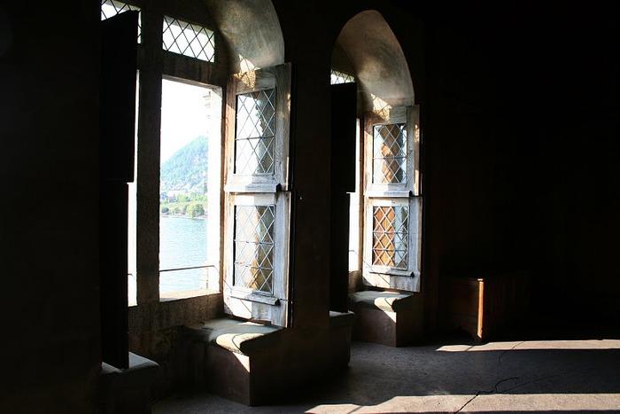Шильонский замок (Швейцария) 61088