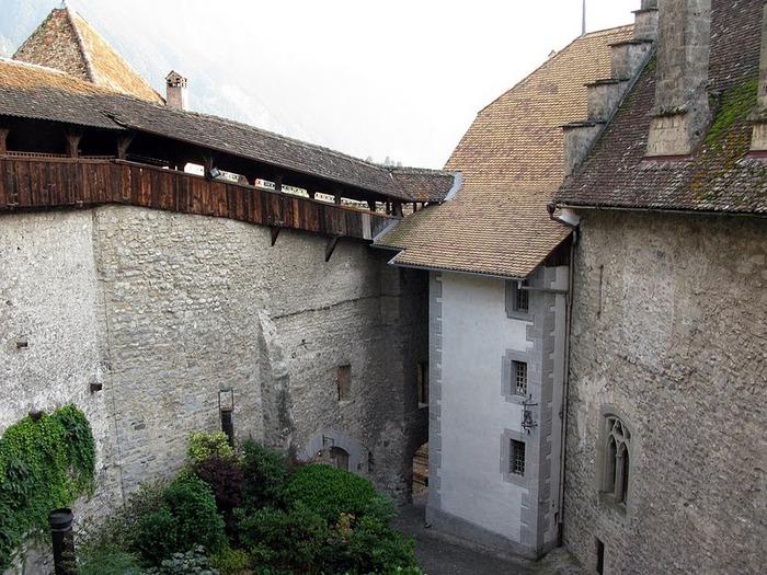 Шильонский замок (Швейцария) 46341