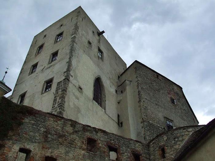 Замок Бухлов (Buchlov) 58009