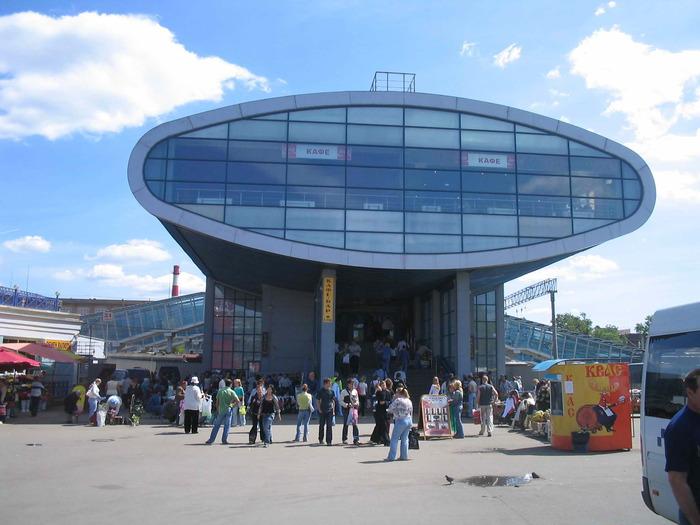 Мытищи - вокзал (700x525, 102 Kb) (с) Andrey Samokhin Panoramio