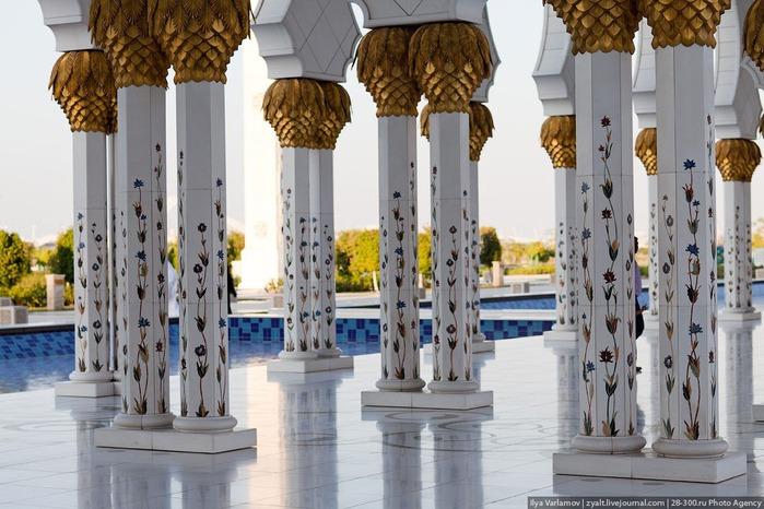 Мечеть шейха Зайда 18