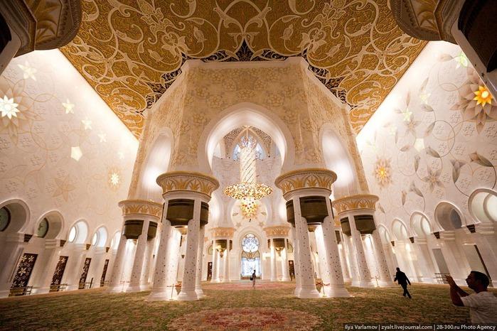 Мечеть шейха Зайда 25