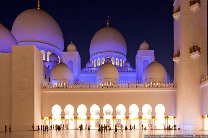 Мечеть шейха Зайда 53