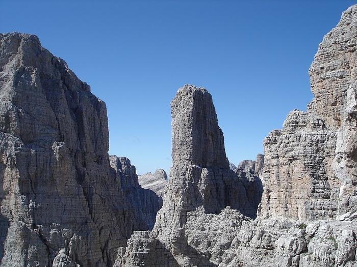 Доломити-ди-Брента 77368