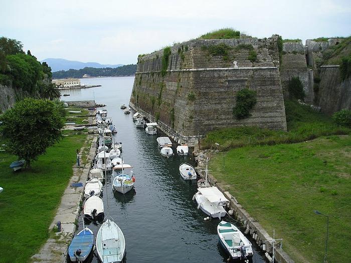 Корфу - «остров вечных возвращений». 65450