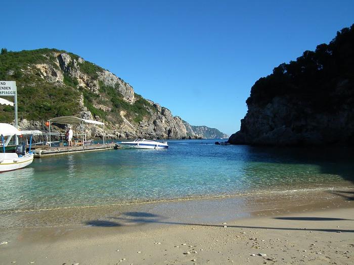 Корфу - «остров вечных возвращений». 40861