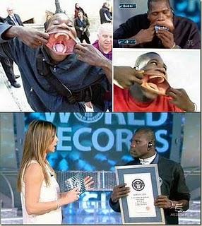 Francisco Domingo Joaquim - Самый большой рот в мире 47188