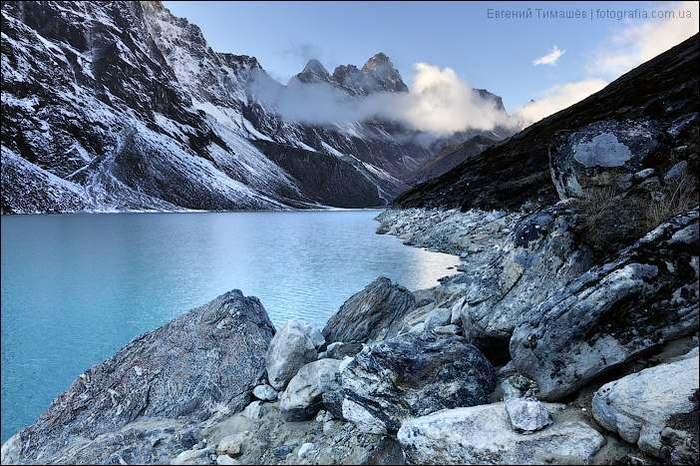 Непал, Гималаи, озеро Chola Tsho.