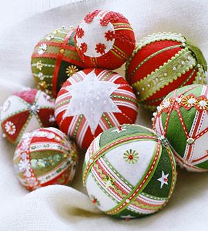 christmas-ball-ideas-diy-from-felt1 (300x333, 47 Kb)