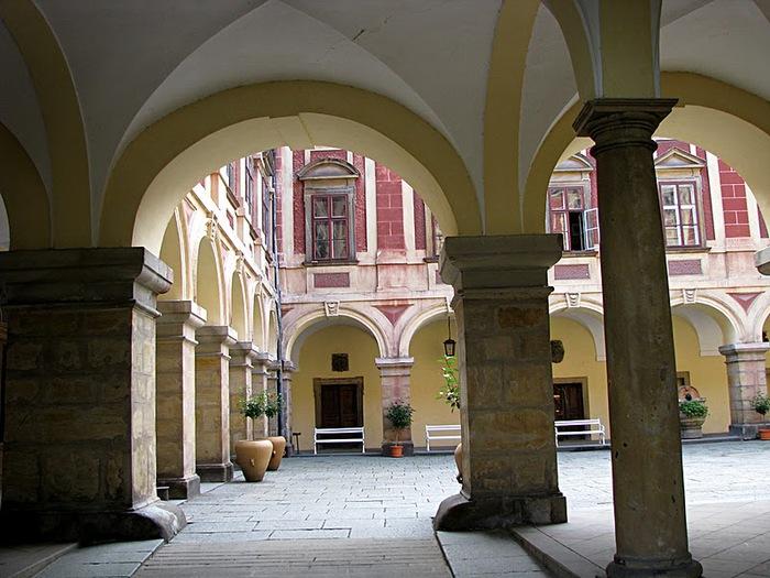 Замок Либоховице . Libochovice 11880