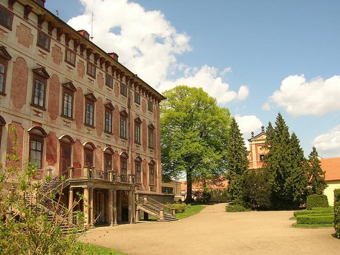 Замок Либоховице . Libochovice 52500