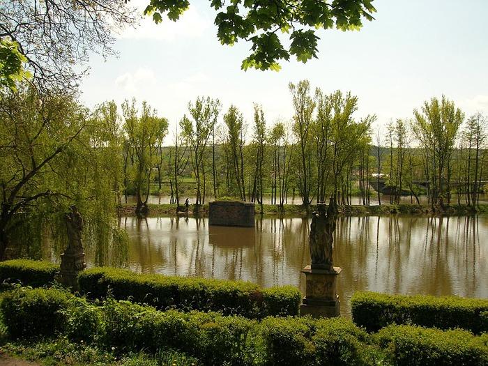 Замок Либоховице . Libochovice 53246