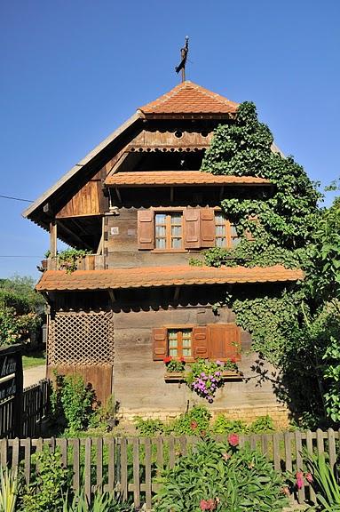 Деревянные дома в заповедном болоте - «Лоньско поле» 75898
