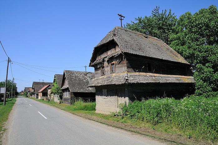 Деревянные дома в заповедном болоте - «Лоньско поле» 80329