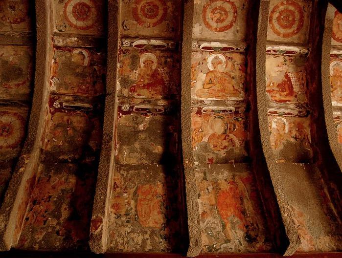 Фрески Аджанты - История на каменных сводах 40235