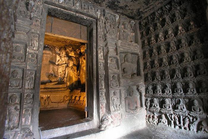 Фрески Аджанты - История на каменных сводах 13528