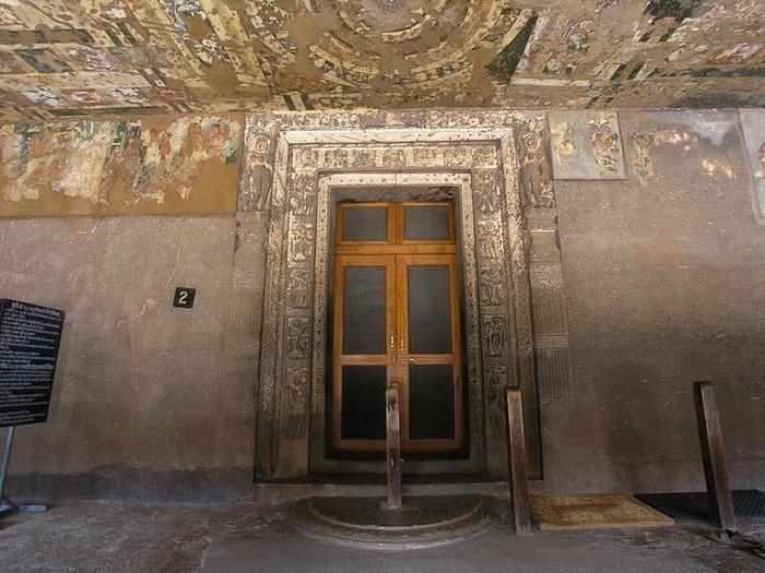 Фрески Аджанты - История на каменных сводах 24716