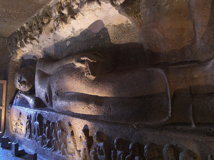 Фрески Аджанты - История на каменных сводах 91628