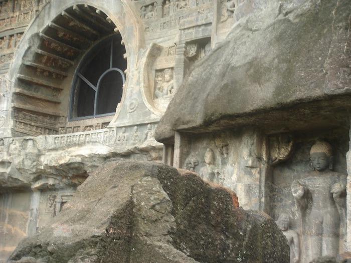 Фрески Аджанты - История на каменных сводах 71271
