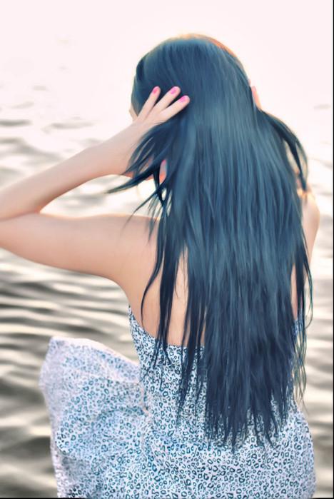 Картинки девушки брюнетки с длинными волосами на аву