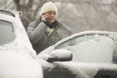 снег авто (384x256, 81 Kb)