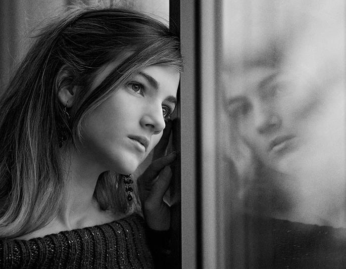 Девушка, грустно, отчаянные, одинокий. 6 7 1. Грустно, женщина, печаль, настроение. 25 23 5. Snap_it. Кукла, девушка, грустно, плакать, слезы.