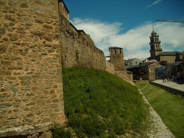 Понферрада (Castillo de Ponferrada) - Замок тамплиеров 95289