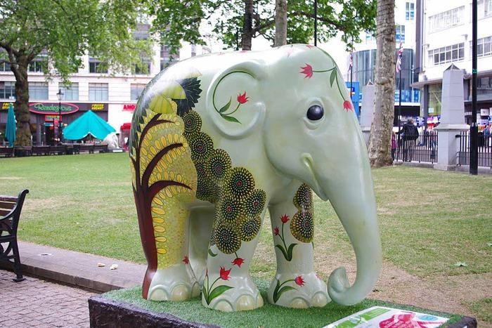 Парад Слонов в Лондоне 2010 12570