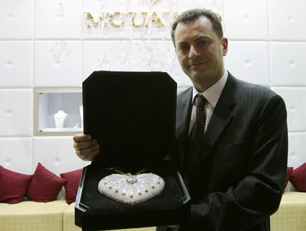 Самая дорогая сумка, Доха, Катар, 20 февраля 2011 года.