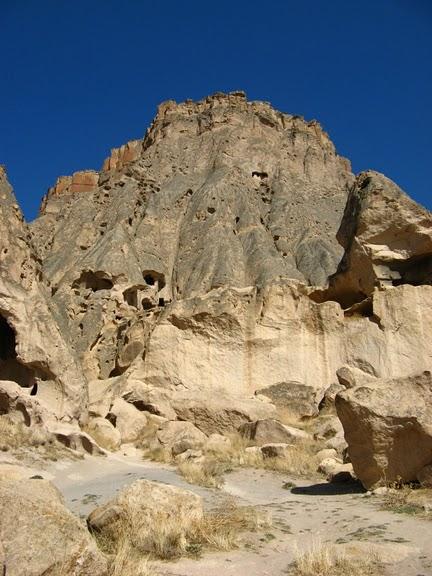 вырубленный в скалах - монастырь Селиме (Selime) 93441