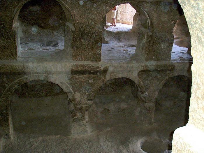вырубленный в скалах - монастырь Селиме (Selime) 10803