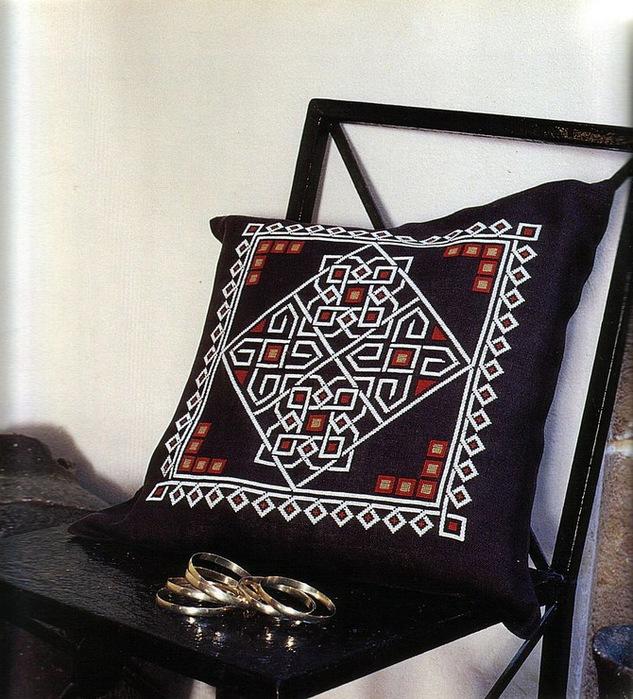 Марокканская вышивка - подушки