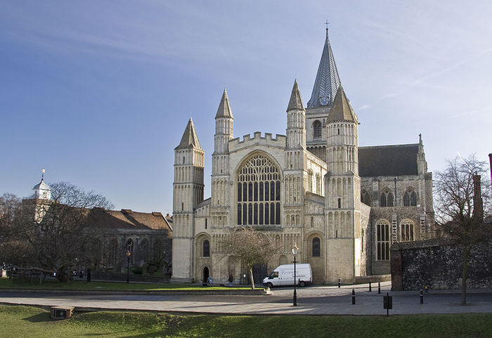 ROCHESTER, Cathedral Church of the Blessed Virgin Mary, 1179-1238 � (700x481, 67 Kb)