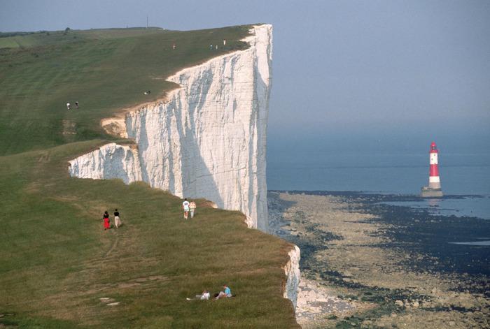 скала дувра - маяк, море, белые скалы