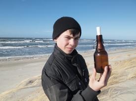 Бутылка с письмом 1 (275x206, 42 Kb)