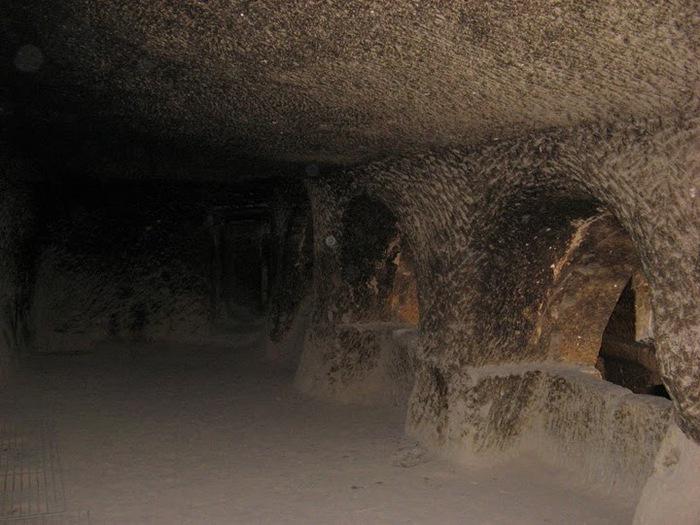 вырубленный в скалах - монастырь Селиме (Selime) 91322