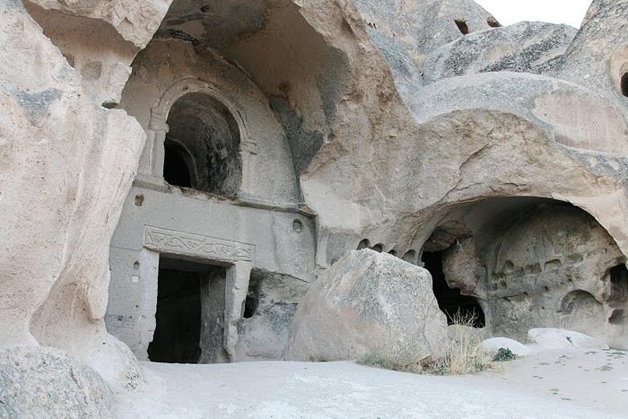 вырубленный в скалах - монастырь Селиме (Selime) 51425