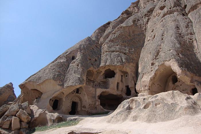 вырубленный в скалах - монастырь Селиме (Selime) 32402