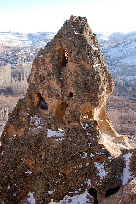 вырубленный в скалах - монастырь Селиме (Selime) 95128