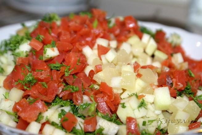 салат-закуска с красной рыбой